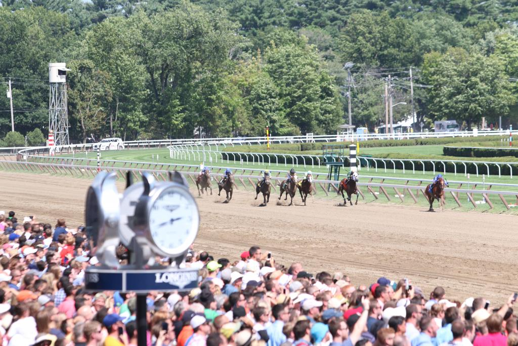 The crowd continued to grow as the Whitney Stakes drew nearer, and by mid-afternoon the track was packed with revelers out to enjoy a picture-perfect day at America's oldest sporting venue.  (Penelope P. Miller/America's Best Racing)