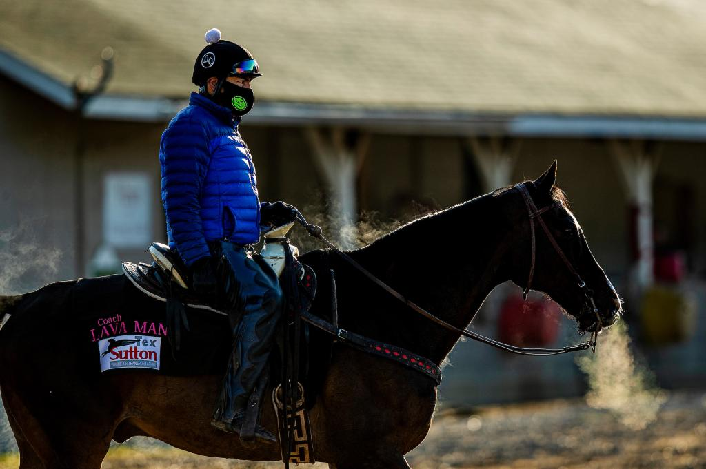 Side view of Lava Man with Sabas Rivera.  (Eclipse Sportswire/Alex Evers)