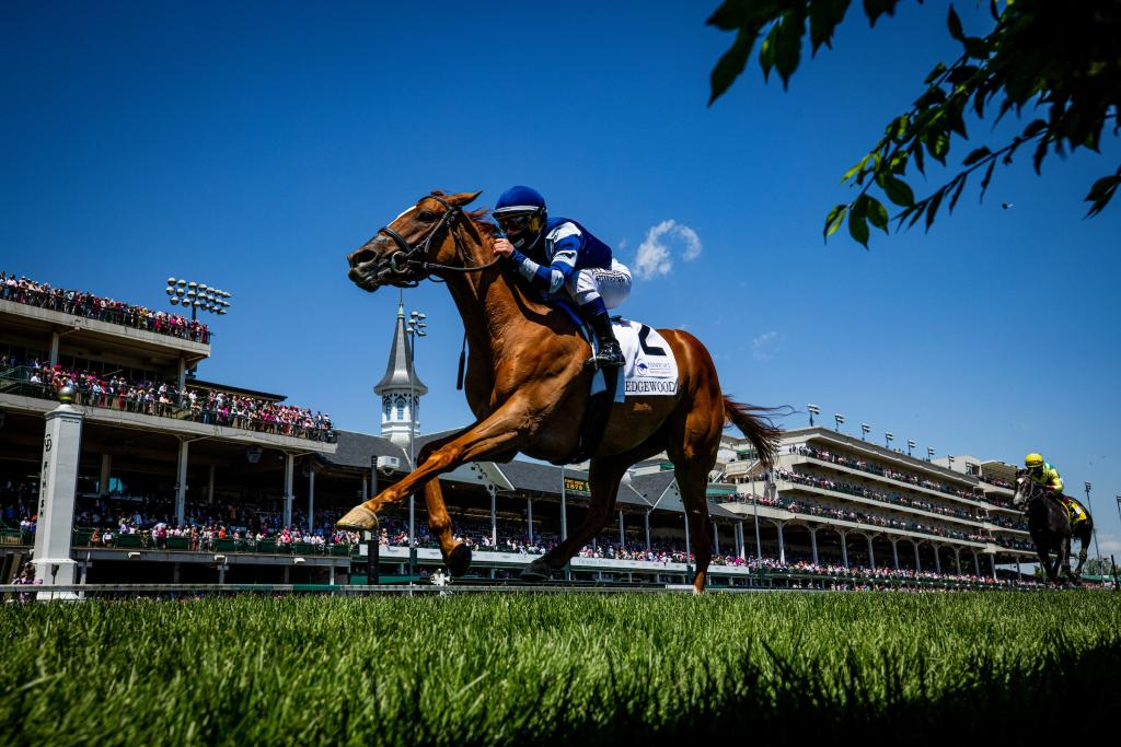 Gift List winning the Edgewood Stakes presented by Newport Racing & Gaming. (Eclipse Sportswire)