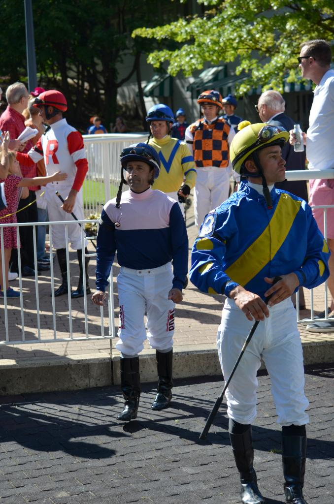 Soon the jockeys came out and it was time to get down to business. (Melissa Bauer-Herzog/America's Best Racing)