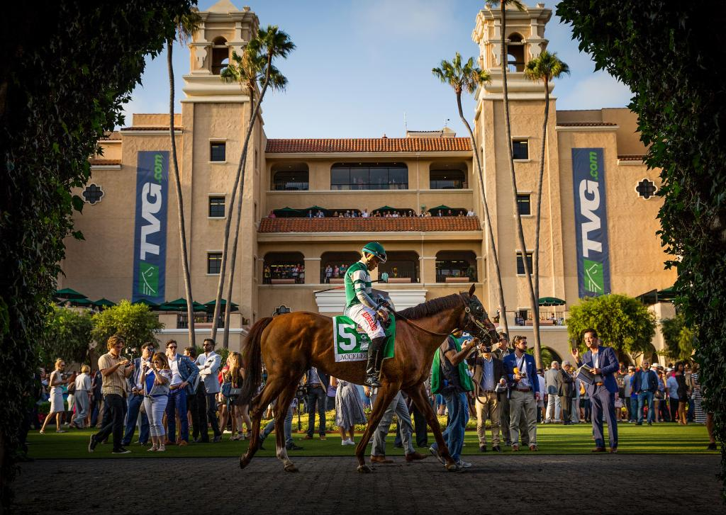 Accelerate in the paddock at Del Mar. (Eclipse Sportswire)