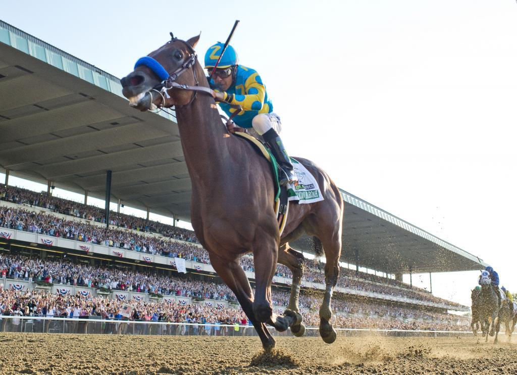 American Pharoah winning the 2015 Belmont Stakes. (Eclipse Sportswire)