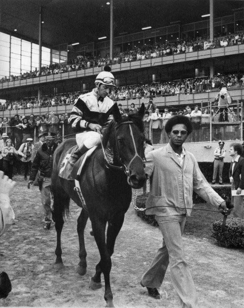 Seattle Slew and jockey Jean Cruguet after the Wood Memorial. (Blood-Horse/Bob Coglianese)