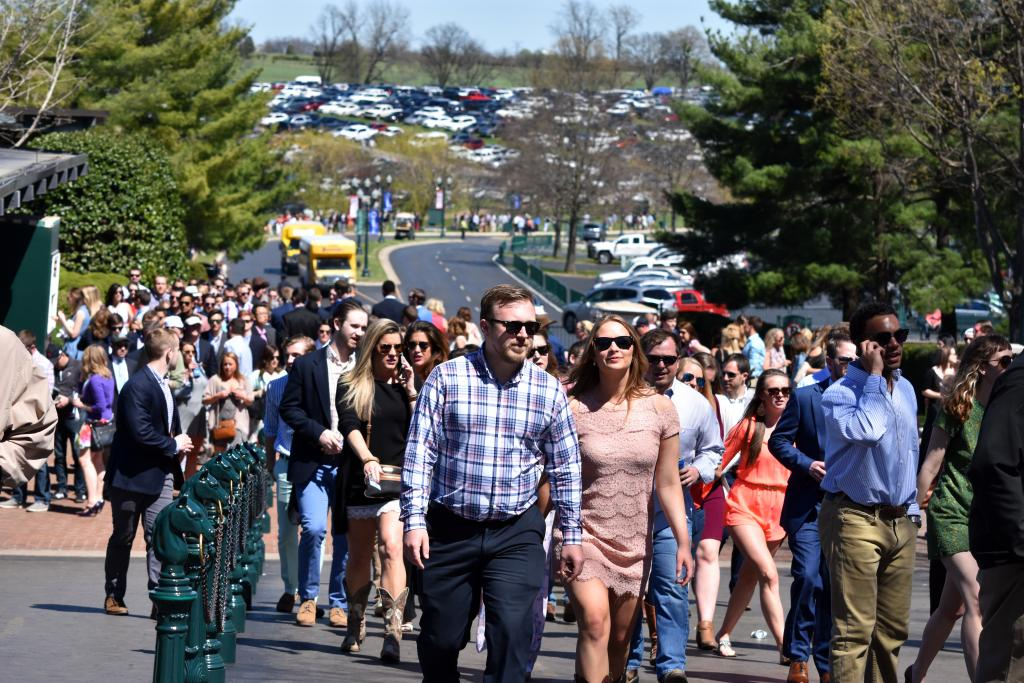 "As we approached the stakes races, the crowd started moving from the tailgating areas to the track, and that was an impressive sight, as the line of fans went the way back to the parking area on ""the Hill"" at least a quarter mile away. (Melissa Bauer-Herzog/America's Best Racing)"
