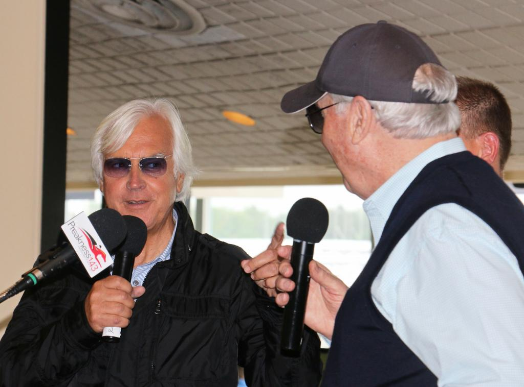 Bob Baffert and D. Wayne Lukas joke with each other during the Alibi Breakfast. (Julie June Stewart photo)