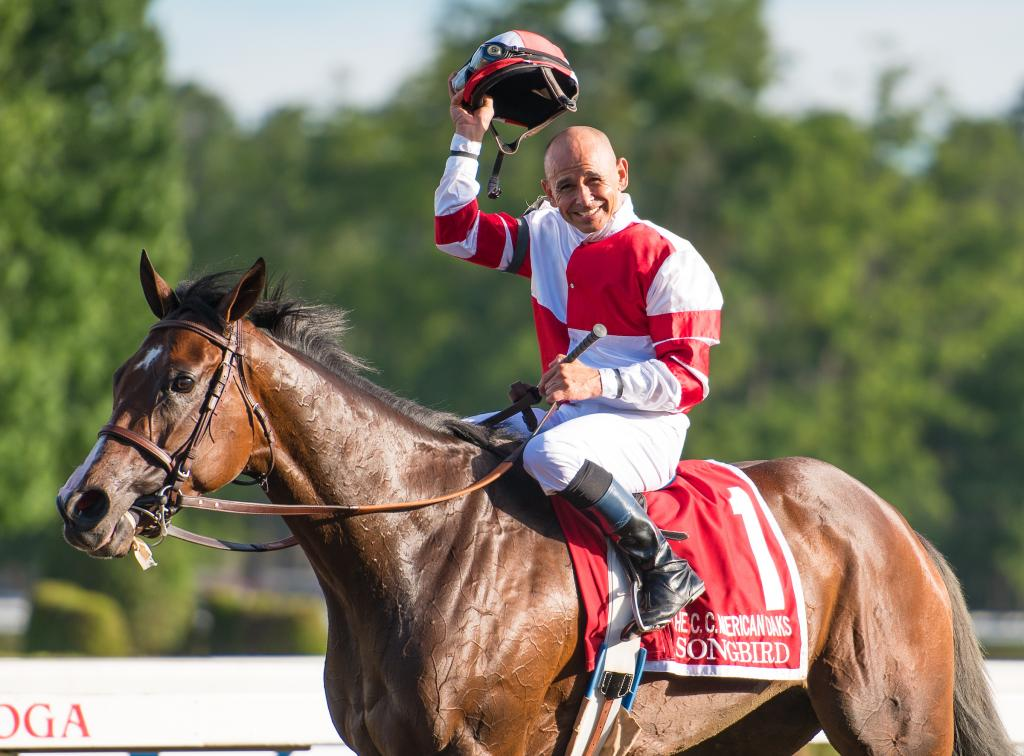 Songbird winning the 2016 Coaching Club American Oaks. (Eclipse Sportswire)