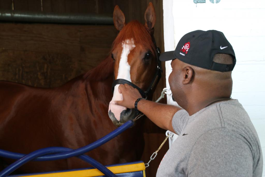Chris Gordon meets Santa Anita Derby victor Justify. (Julie June Stewart photo)