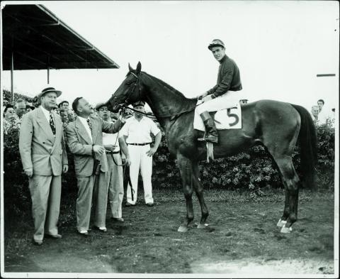 Citation after winning the 1948 Flamingo Stakes. (Hialeah Park photo)