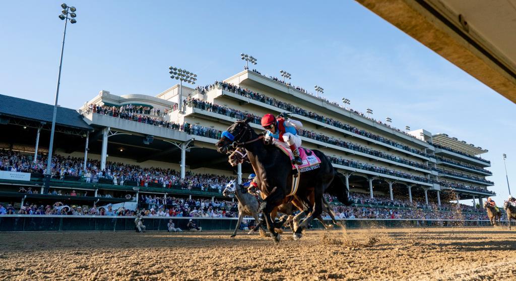 Medina Spirit, inside, winning the 2021 Kentucky Derby. (Eclipse Sportswire)