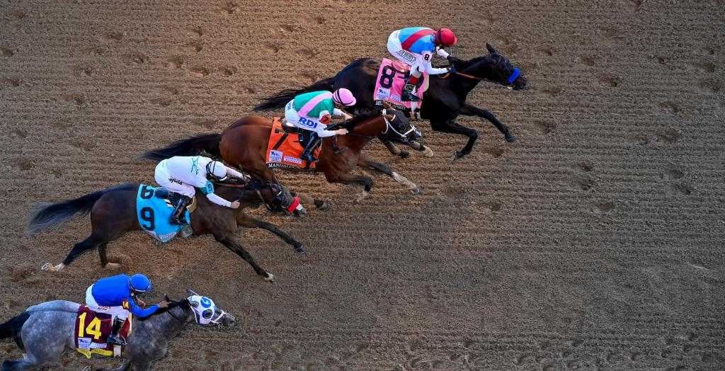 Medina Spirit, in front, winning the 2021 Kentucky Derby. (Eclipse Sportswire)
