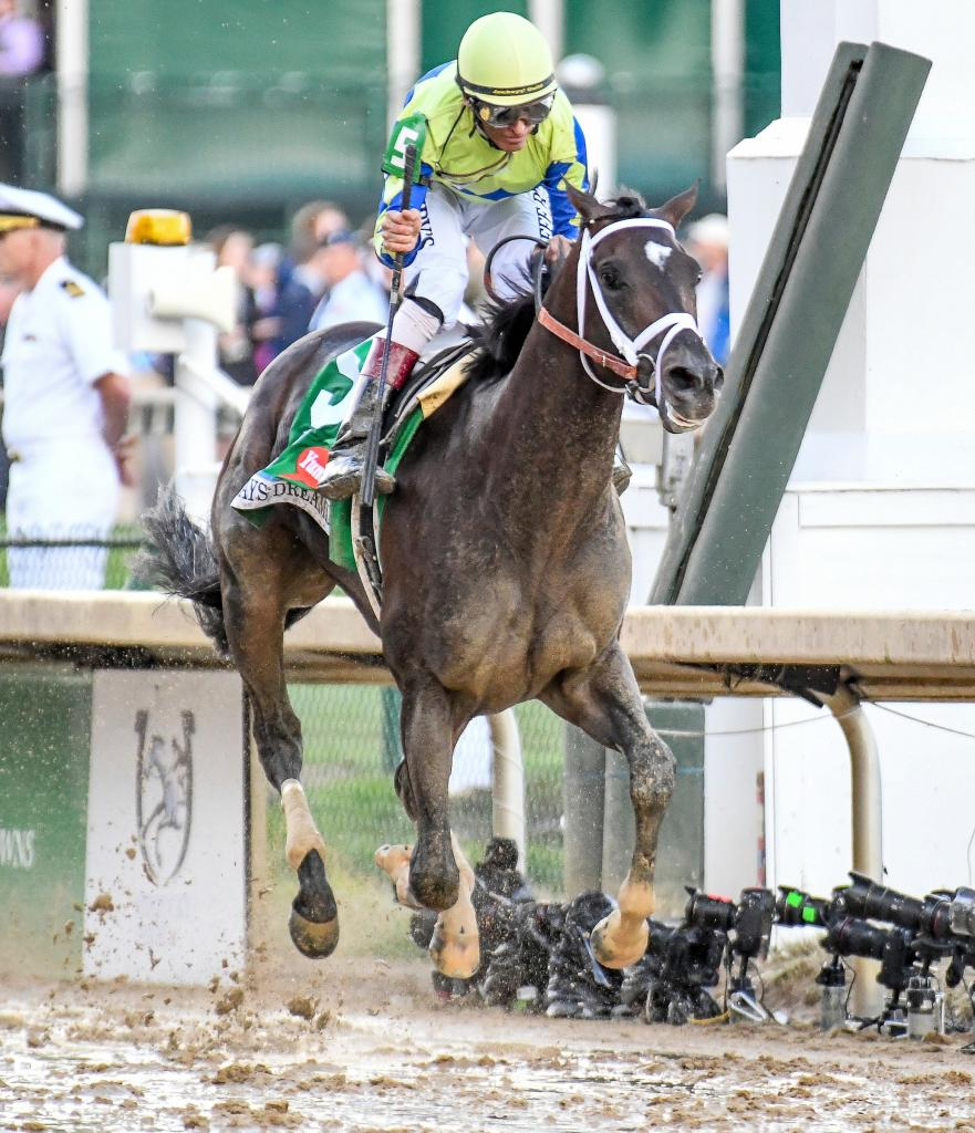 Always Dreaming and jockey John Velazquez win 2017 Kentucky Derby. (Eclipse Sportswire)