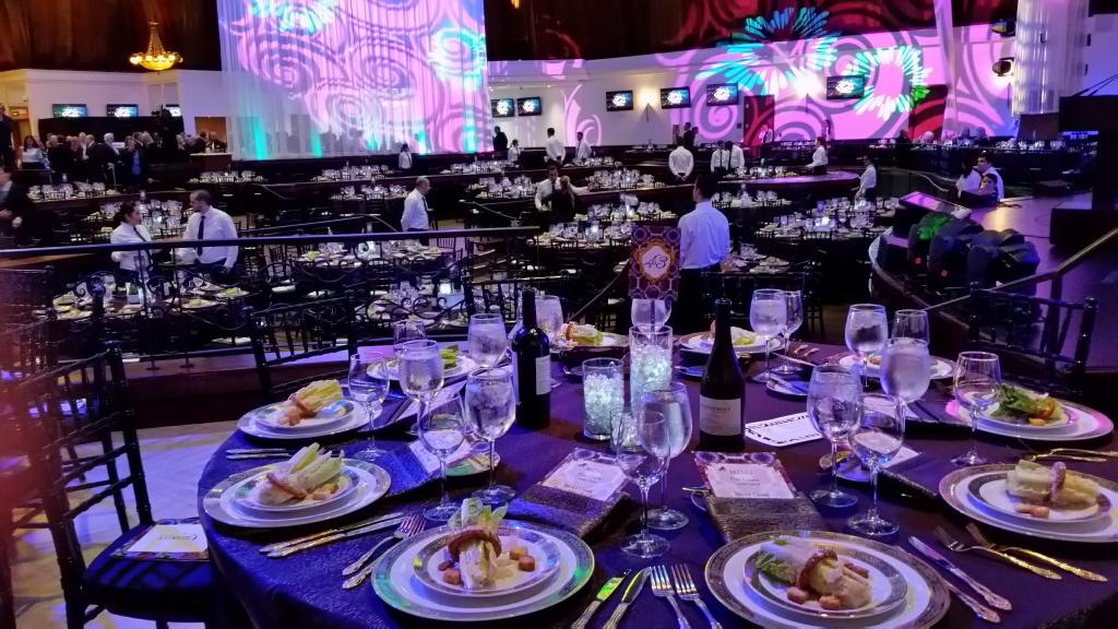The scene at the Eclipse Awards dinner, held at Gulfstream's Sport of Kings Theatre. (Julie June Stewart photo)