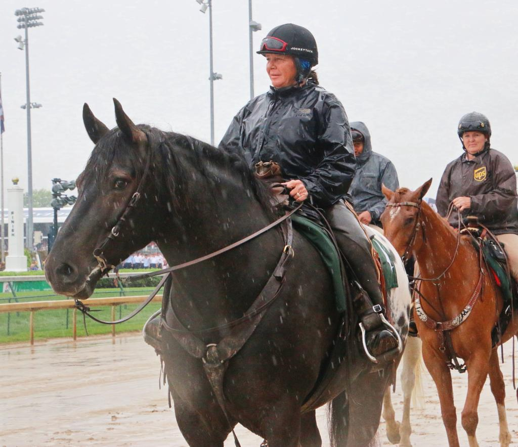 In the rain at the Kentucky Derby 144. (Julie June Stewart photo)