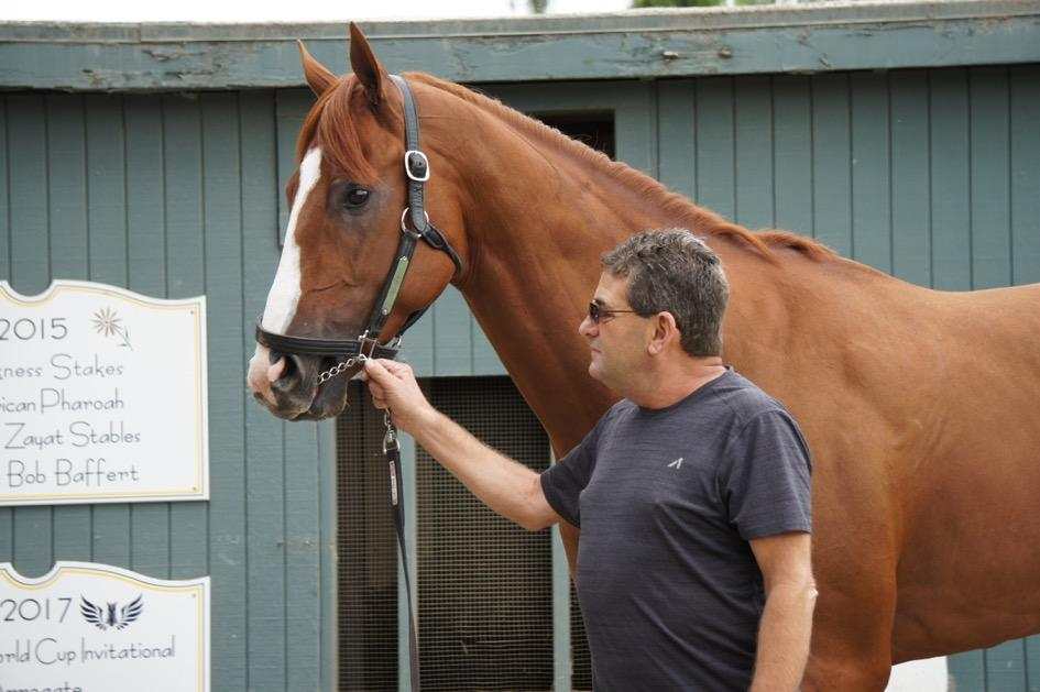 Justify with assistant trainer Jimmy Barnes. (Cynthia Holt photo)
