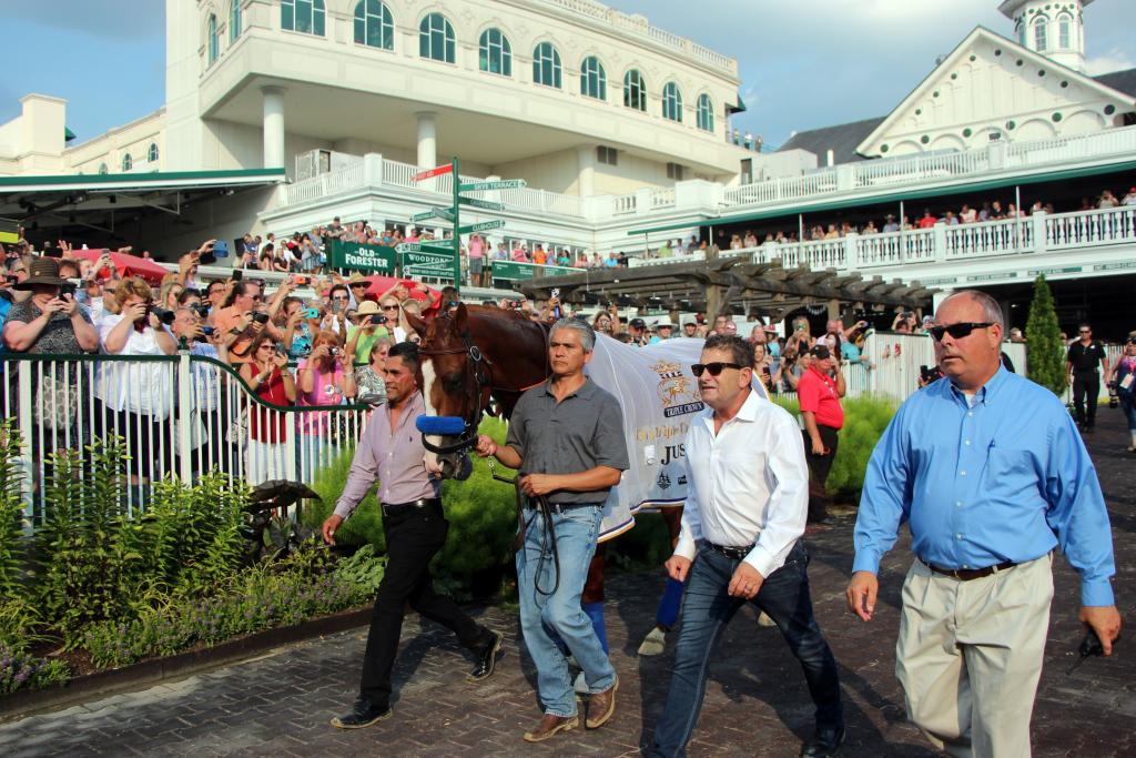 Justify parades for fans at Churchill Downs in June. (Eclipse Sportswire)