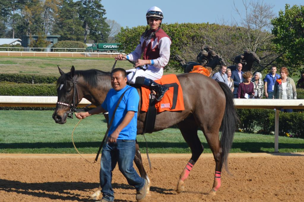 Streamline and Chris Landeros won the Azeri Stakes. (Sara Dacus photo)