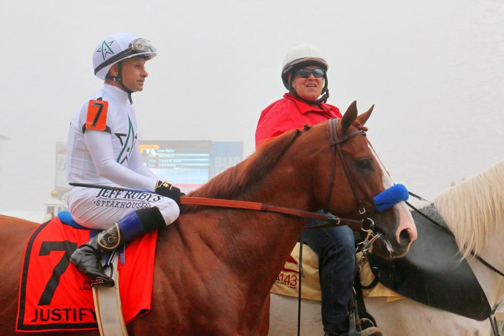 Mike Smith allows himself a very small smile during the post parade. (Julie June Stewart photo)