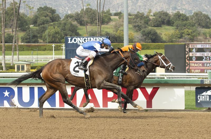 Santa Anita Oaks third-place finisher Moraz, inside. (BENOIT photo)