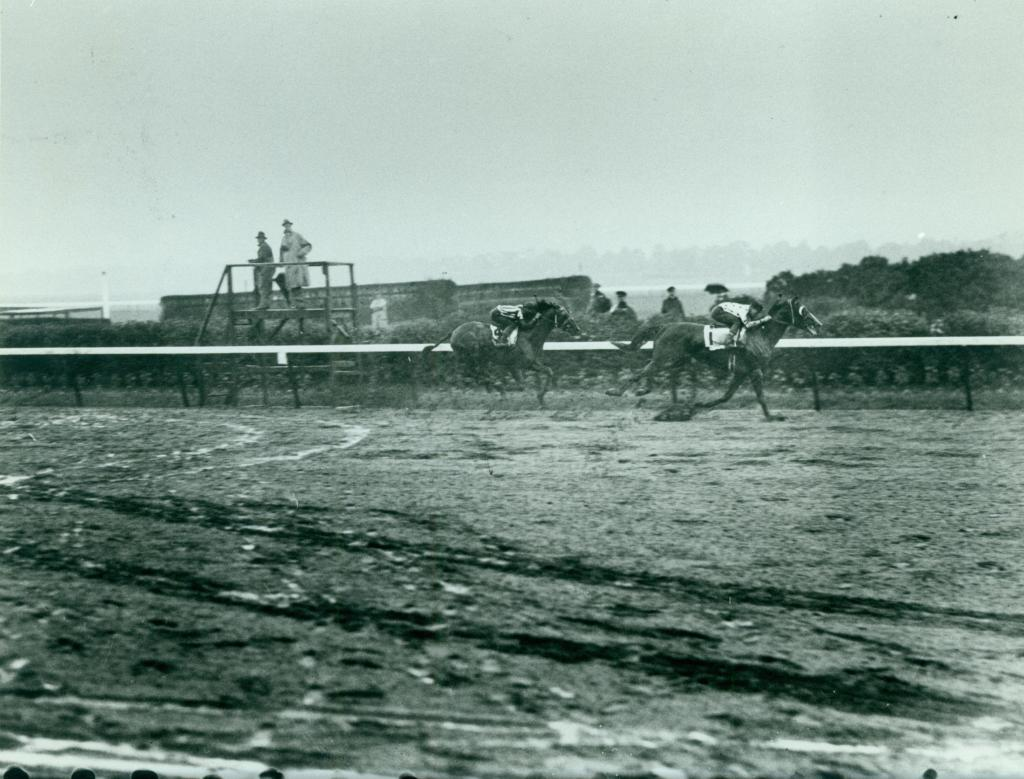 Omaha wins the 1935 Belmont Stakes to capture the Triple Crown. (Keeneland Library-Cook)