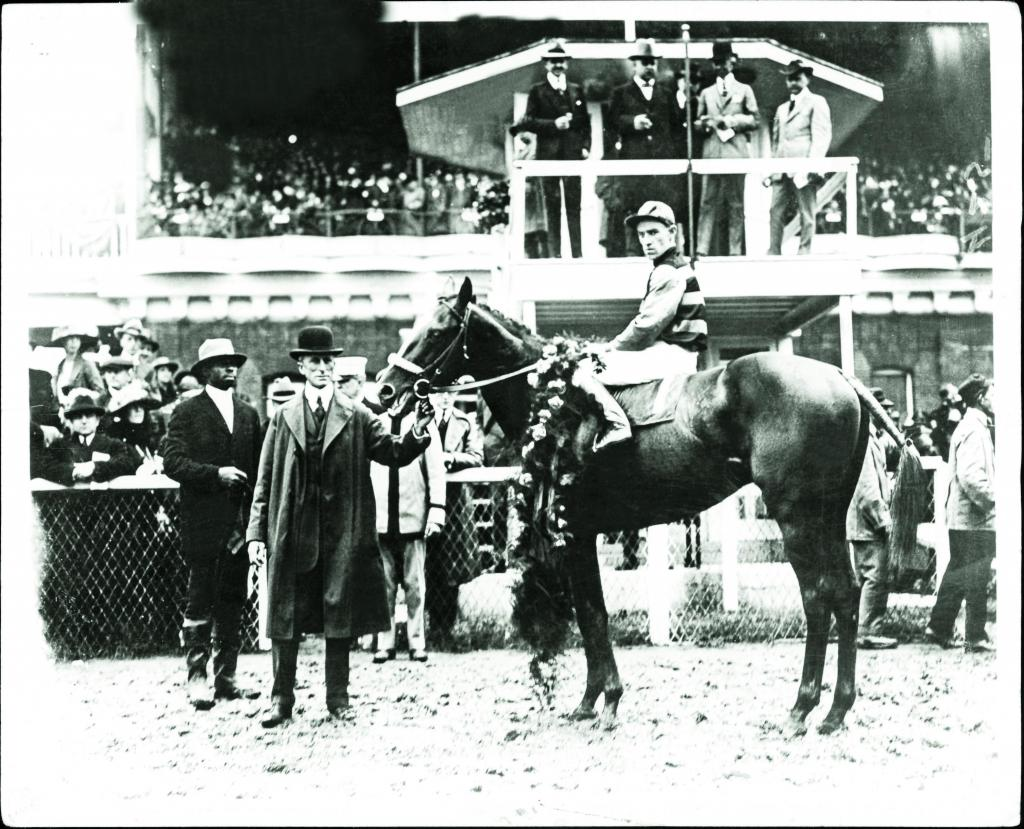 Sir Barton in the 1919 Kentucky Derby winner's circle. (BloodHorse Library)