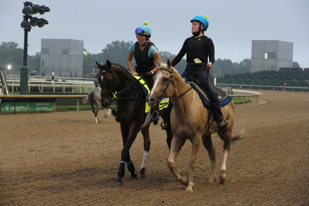 Sole Volante spent the days leading up to the Derby jogging alongside a pony (Annise Montplaisir/America's Best Racing)