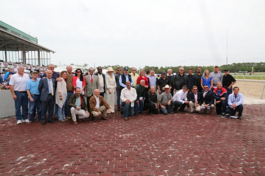 Group shot of trainers on Tampa Bay Derby day. (Penelope P. Miller/America's Best Racing)