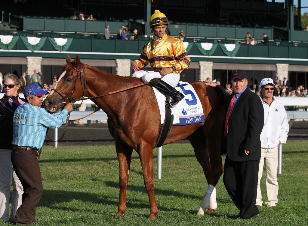 Wise Dan and his connections in the Keeneland winner's circle after winning the 2012 Shadwell Turf Mile. (Eclipse Sportswire)