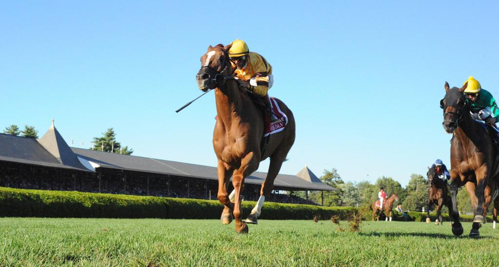 Wise Dan wins the 2013 Fourstardave at Saratoga. (Eclipse Sportswire)