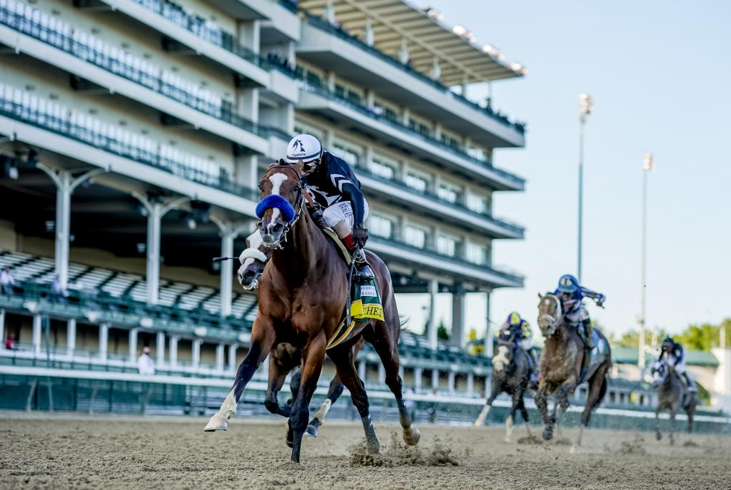 Authentic winning the 2020 Kentucky Derby over Tiz the Law. (Scott Serio/Eclipse Sportswire)