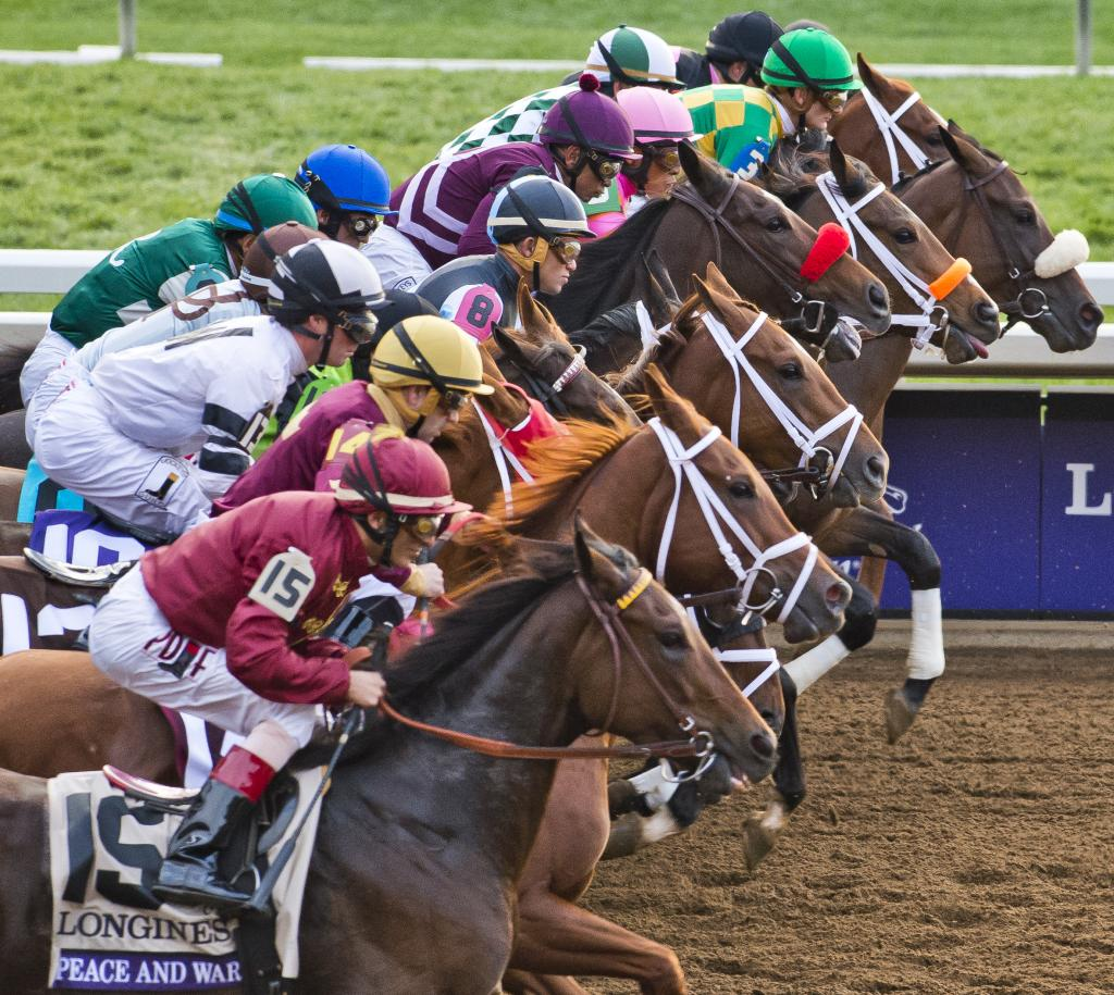 The start of the Longines Breeders' Cup Distaff.