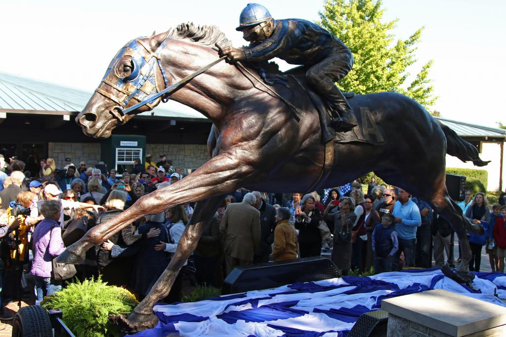 Unveiling ceremony for the Secretariat statue. (Eclipse Sportswire)