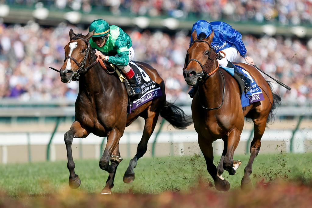 Sistercharlie (left) outfinished Wild Illusion in the Filly and Mare Turf. (Eclipse Sportswire)