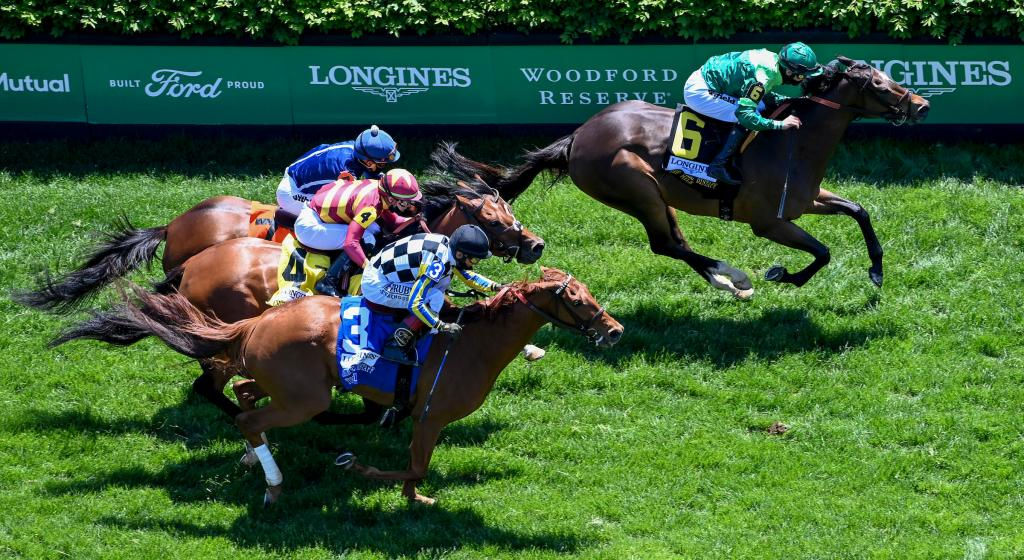 Blowout winning the Longines Churchill Distaff Turf Mile Stakes.   (Eclipse Sportswire)
