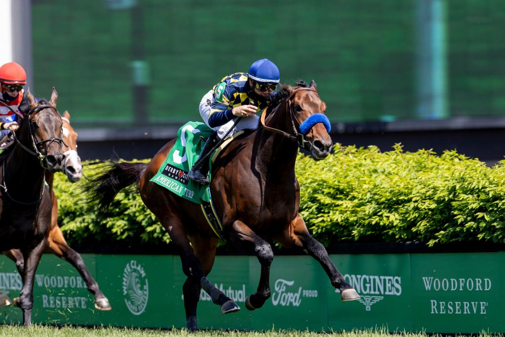 Du Jour winning the American Turf Stakes presented by Derby City Gaming. (Eclipse Sportswire)