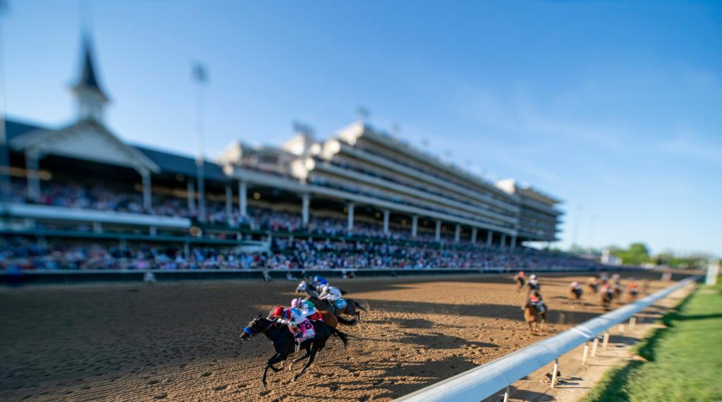 Medina Spirit leads in the stretch of the 2021 Kentucky Derby. (Eclipse Sportswire)