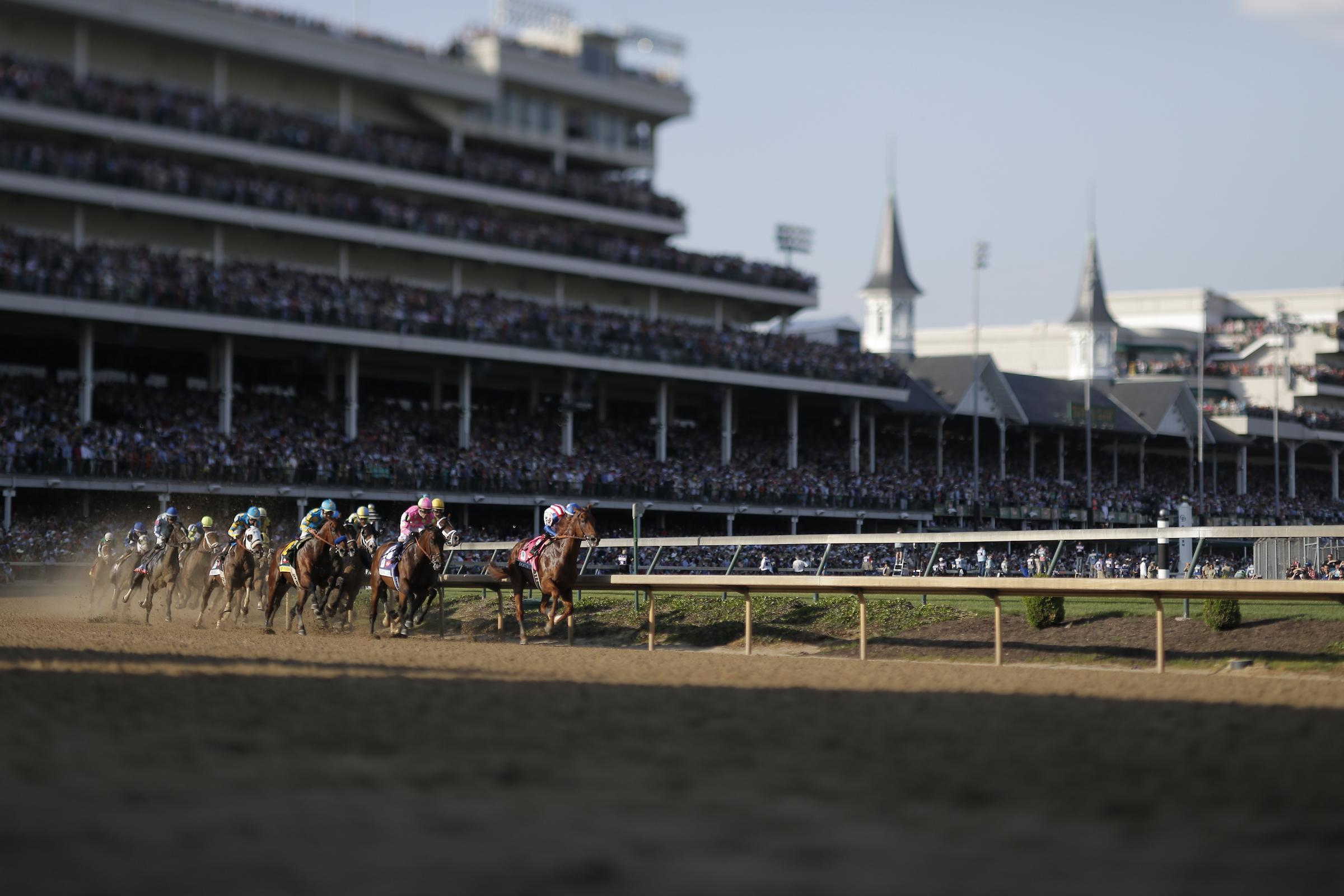 Kentucky Derby first turn Churchill Downs American Pharoah