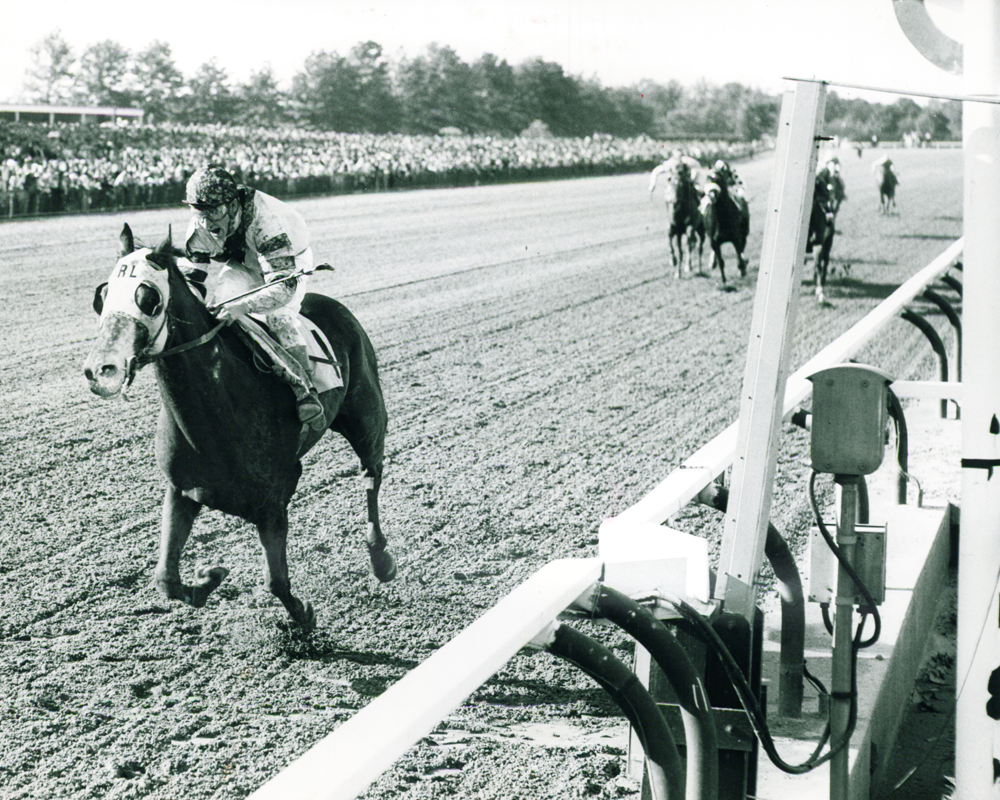 Ussery won the Jersey Derby on Ambiopoise in 1961.