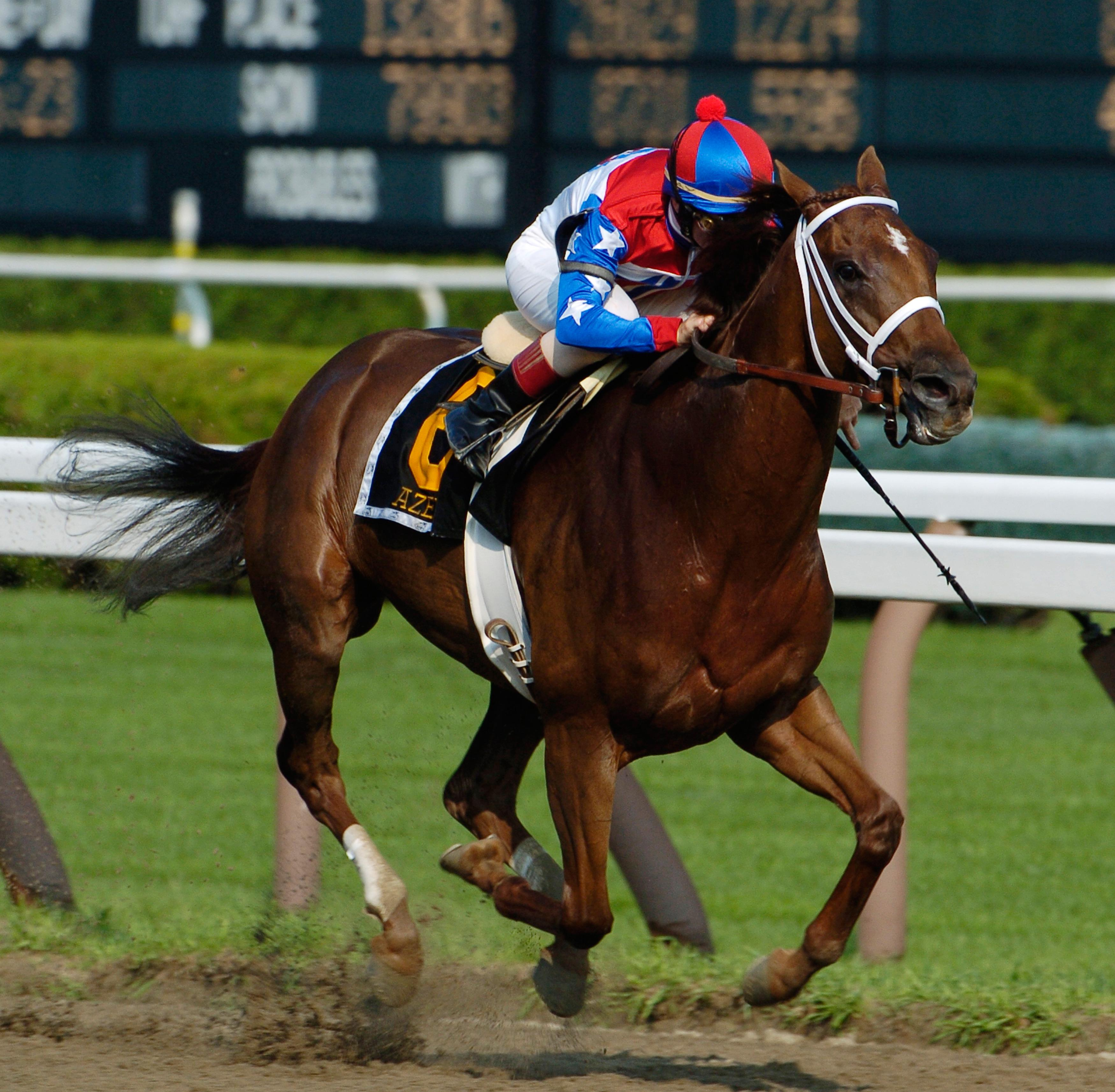 Azeri wins the 2004 Go For Wand Stakes at Saratoga.