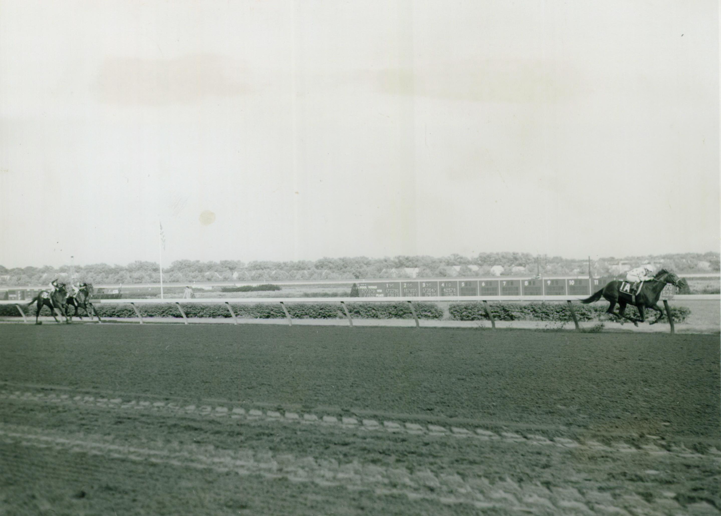 Damascus dominates the 1967 Woodward Stakes.