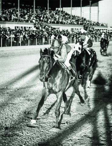 Dr. Fager wins the 1968 Hawthorne Gold Cup
