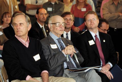 John Gaines (center) with former Kentucky Gov. Brereton Jones (left) and Kentucky legislator Damon Thayer in 2004.