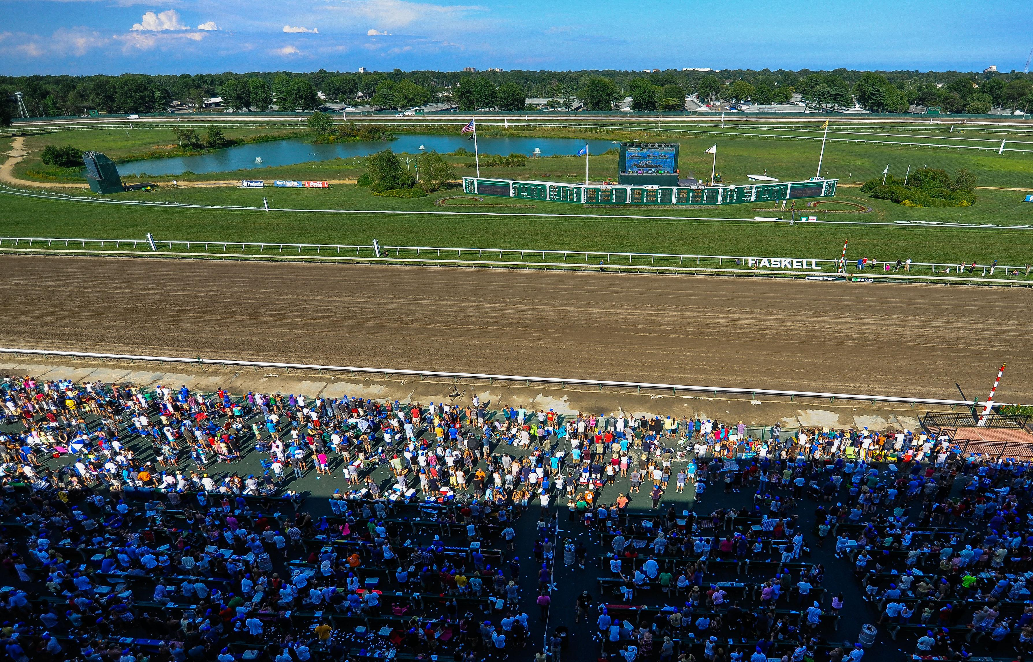 The Haskell day crowd at Monmouth Park.