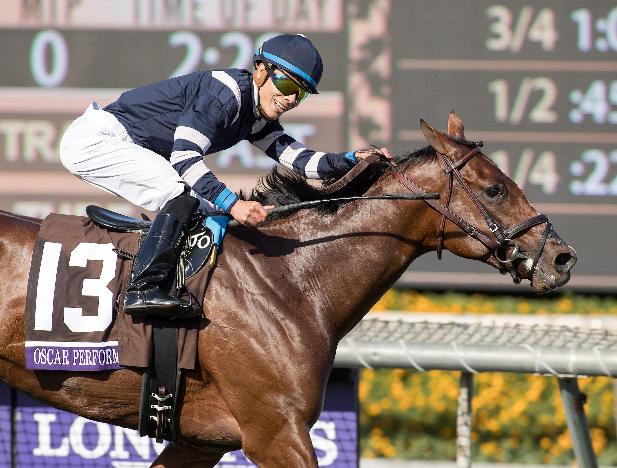 Tamarkuz Takes Breeders Cup Dirt Mile In Dominant Fashion