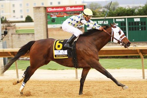 Moreno Regains Winning Stride In Charles Town Classic