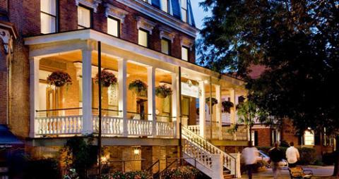 Ten Cool Hotels In Saratoga Springs America S Best Racing