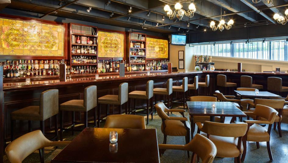 Captivating Five Bars Breweries To Visit Breedersu0027 Cup Week In Louisville