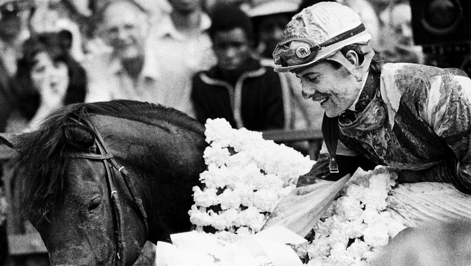 Eddie Maple aboard Temperence Hill after winning the 1980 Belmont Stakes.