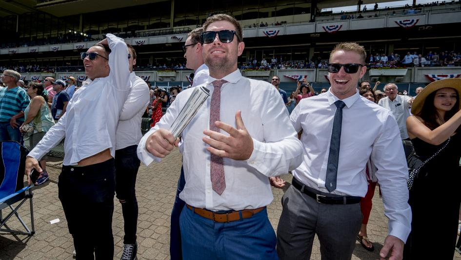 Why Show Betting is the Ideal Horse Racing Bet for New Fans
