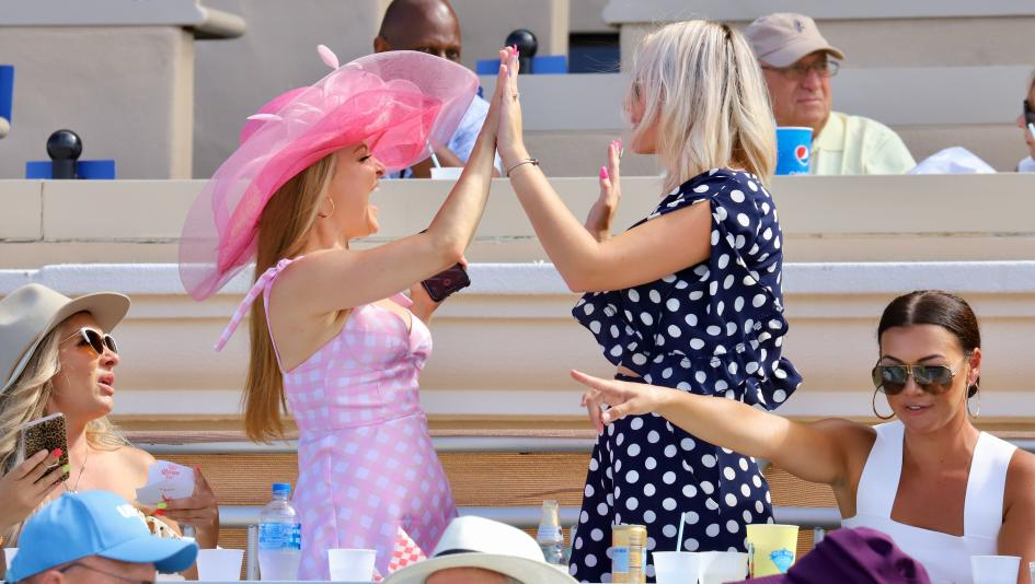 SLIDESHOW: Enthusiastic Atmosphere at Del Mar for Pacific Classic