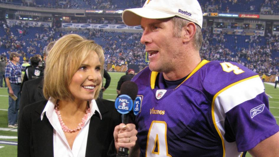Hall of Fame sportscaster Lesley Visser, pictured with Brett Favre, has a long association with horse racing.